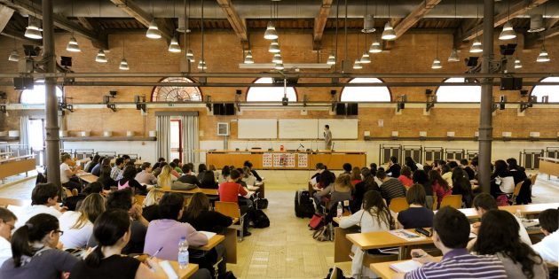 Высшее образование в Италии: студенты сами выбирают себе большинство дисциплин, сами решают, когда они готовы сдавать экзамены
