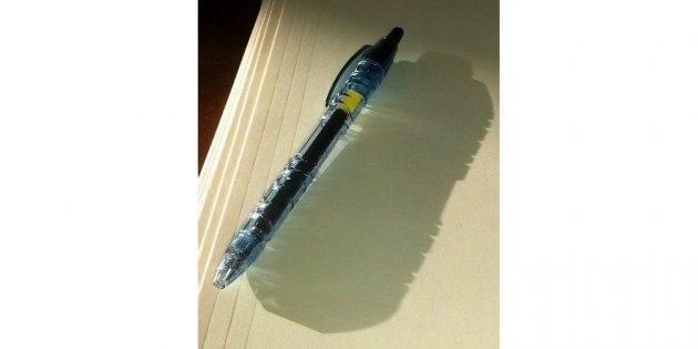 переработка мусора: ручка из пластиковых бутылок