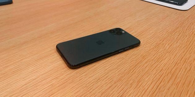 iPhone 11 Pro: тёмно-зелёный цвет
