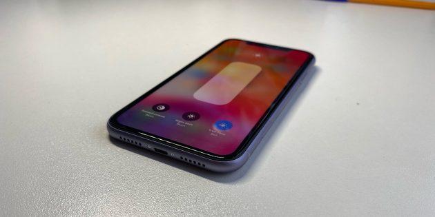 iPhone 11: Дисплей