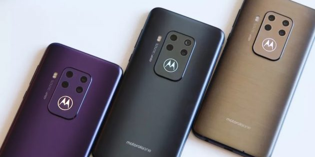 цвета Motorola One Zoom