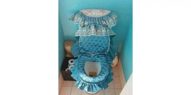 дизайн туалета: тканевая накидка на унитаз