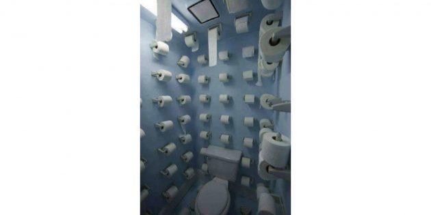 дизайн туалета: бумага на стенах