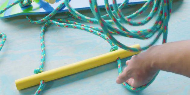Разделите верёвку на два равных куска