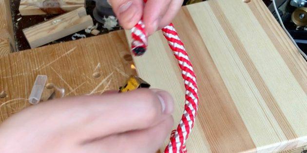 Качели своими руками: отрежьте два одинаковых куска верёвки