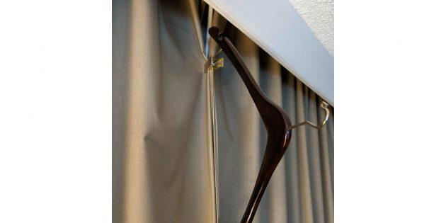 лайфхак в отелях: скрепляем шторы