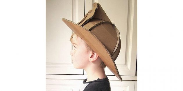 шлем пожарного из картона
