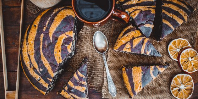 Пирог «Зебра» на минералке: лучший рецепт