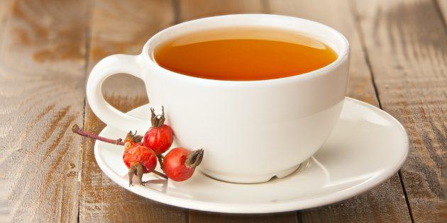 Чай с шиповником и клюквой