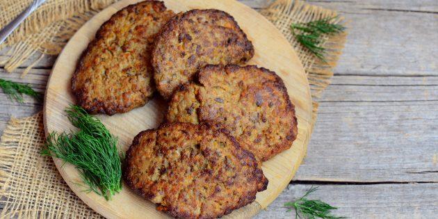 Оладьи из печени с морковью и луком: простой рецепт