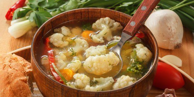 Суп с цветной капустой, чечевицей и овощами