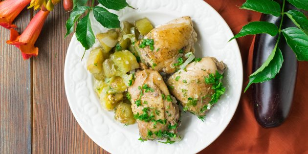 Как приготовить тушёную курицу