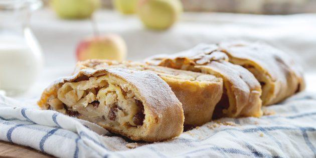 Штрудель с яблоками из песочного теста: простой рецепт