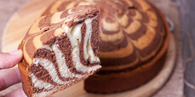 Пирог «Зебра» на кефире: простой рецепт