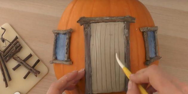 Поделки из тыквы: оформите дверь