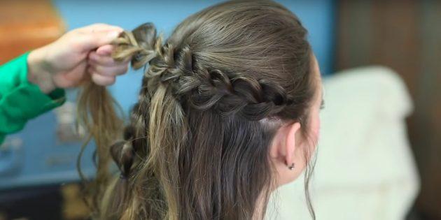 Сделайте по бокам объёмные косы