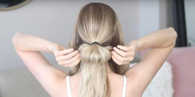Соберите волосы в хвост и сделайте пучок