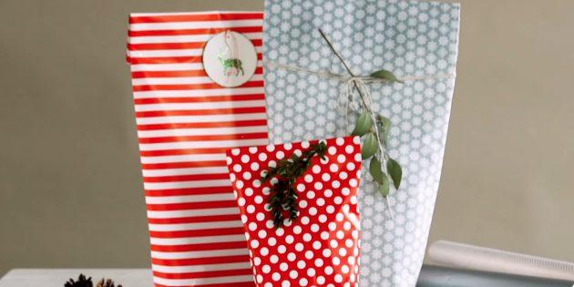 Как упаковать подарок любой формы в пакет из бумаги