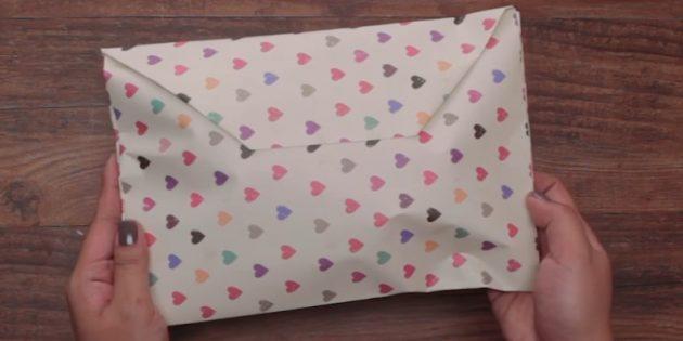 Как упаковать подарок любой формы в конверт из бумаги