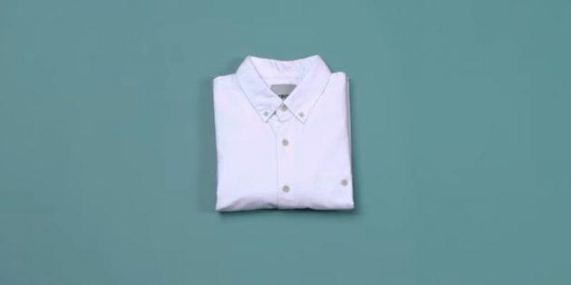Как сложить рубашку рукавами вниз