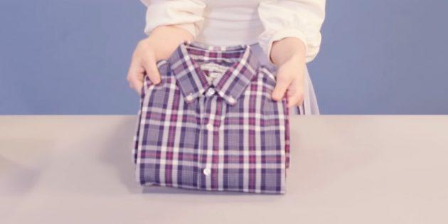 Как сложить рубашку пополам по методу Мари Кондо