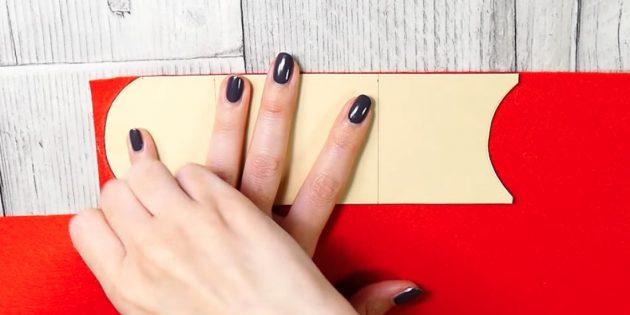 Адвент-календарь своими руками: Отрежьте лишнее по намеченным дугам