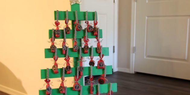 Как сделать адвент-календарь из дерева