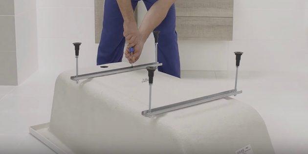 Установка ванны: как монтировать ножки акриловой ванны