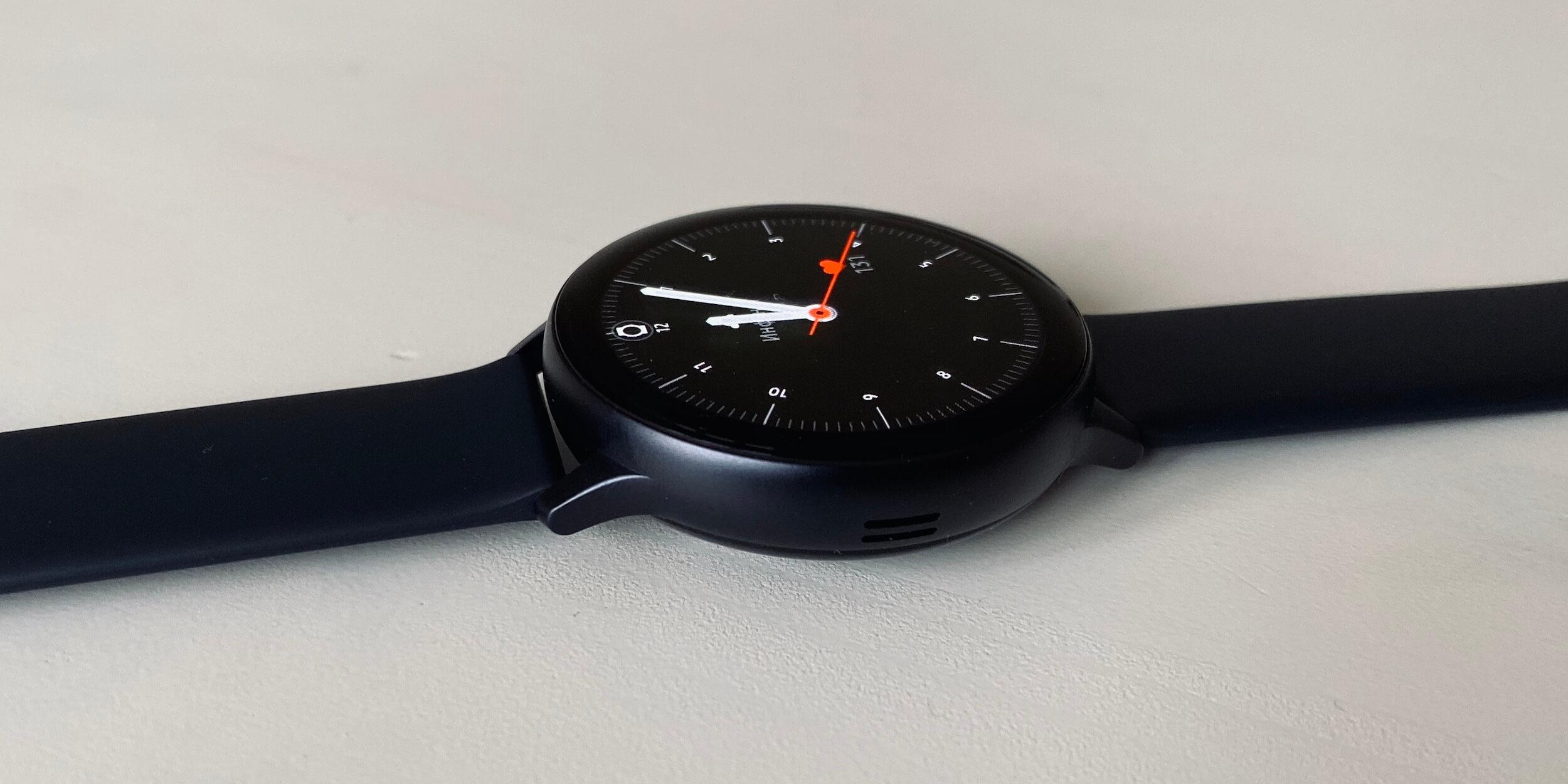 Samsung Galaxy Watch Active 2: алюминиевая версия