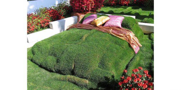 кровать из травы