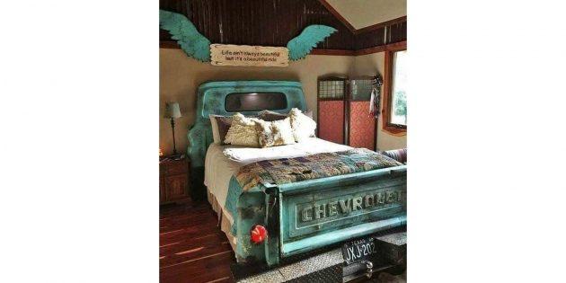 кровать-пикап