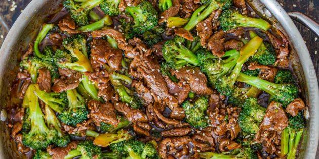 Рецепт брокколи, тушенной с говядиной в соево-имбирном соусе