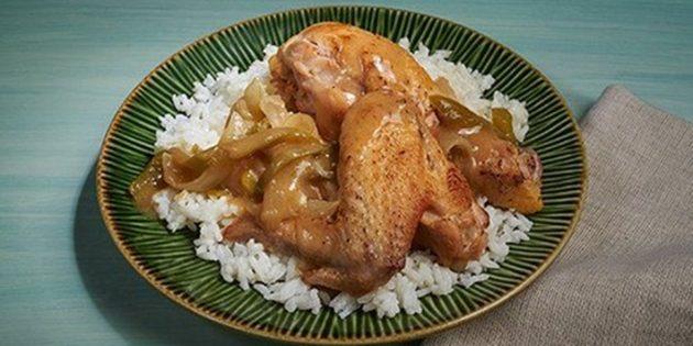 Рецепт тушёной курицы с болгарским перцем, луком и чесноком