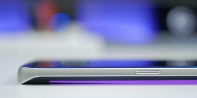 Класть смартфон экраном вниз рискованно