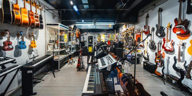 Магазин гитар и других инструментов SKIFMUSIC в Москве