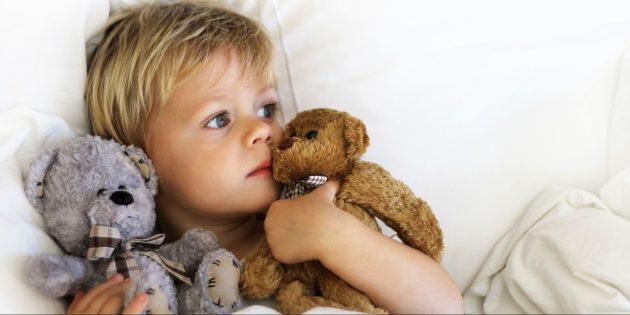 Как отучить ребёнка от соски: найдите замену