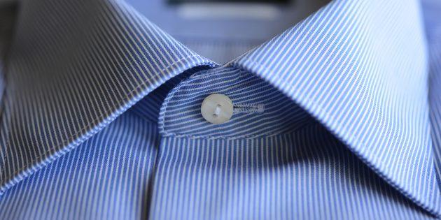 верхняя пуговица рубашки