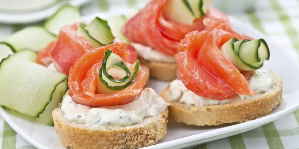 Бутерброды с авокадо: 10 простых рецептов приготовления