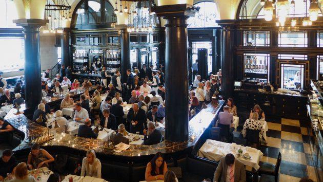 Куда сходить в Лондоне: кафе-ресторан Wolseley