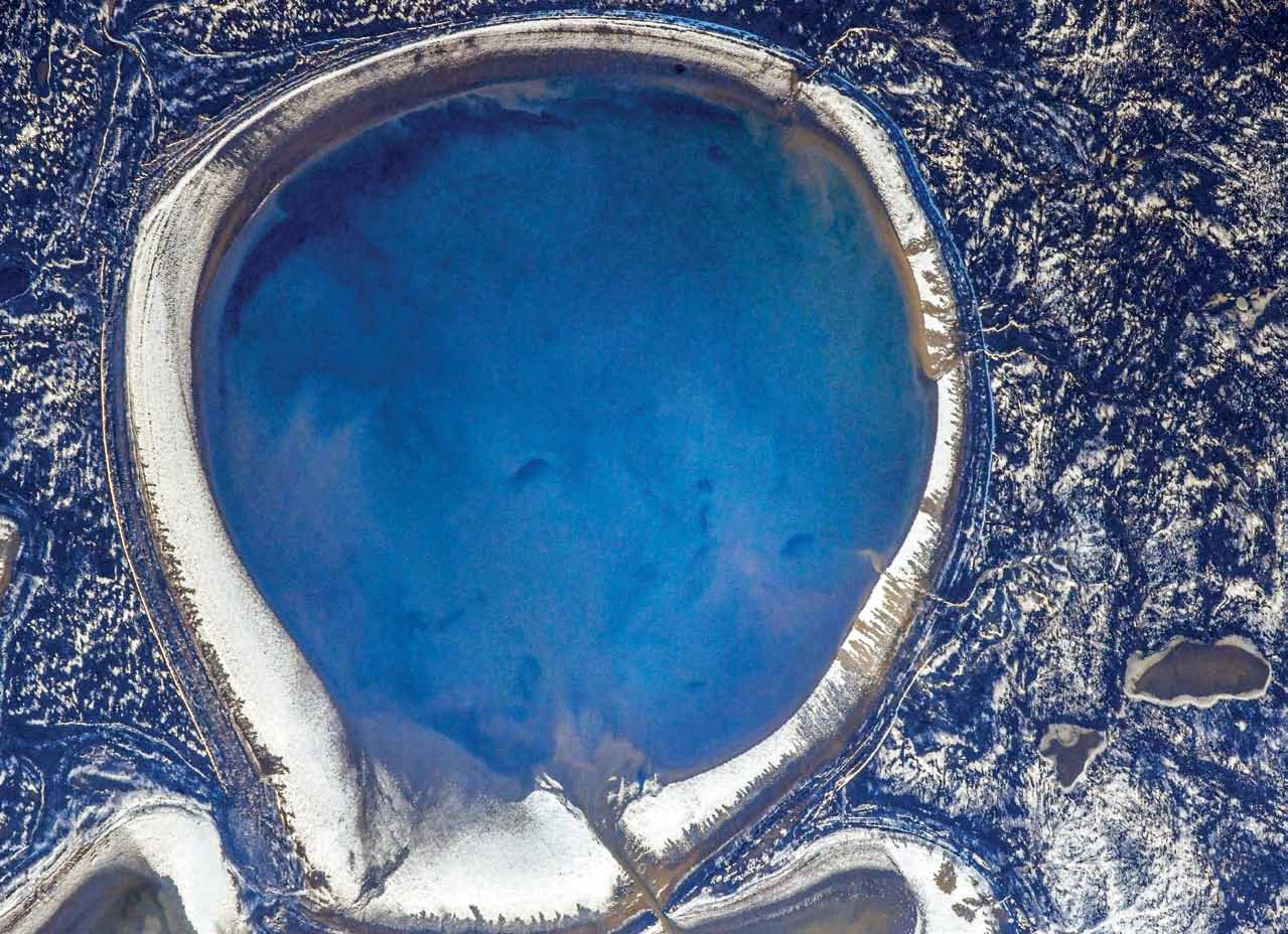 Озеро Жаман-Акколь из космоса