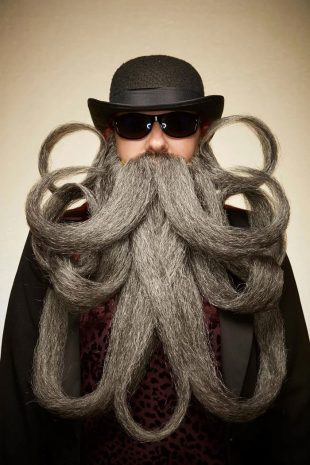 огромная борода