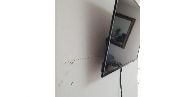 как подвесить ТВ на кронштейне