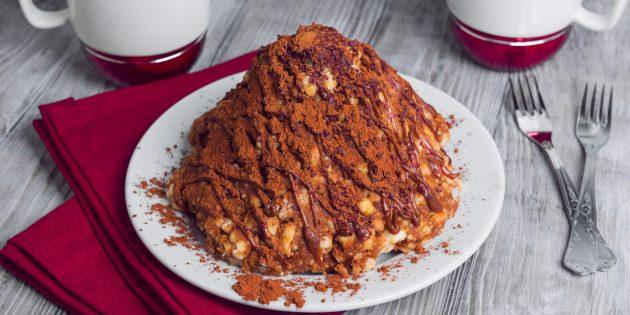 Рецепт: Торт «Муравейник» с орешками в карамели