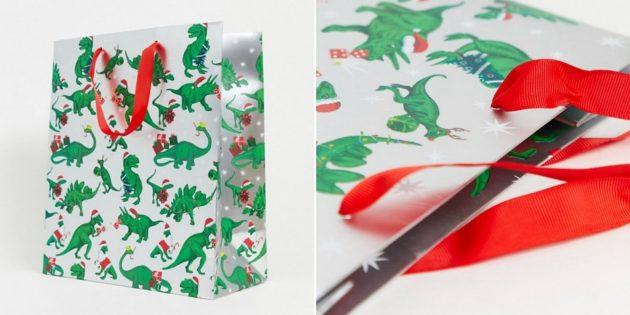 Упаковка для подарков: большой пакет с динозаврами