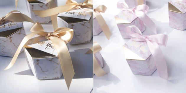 Упаковка для подарков: коробка с лентами