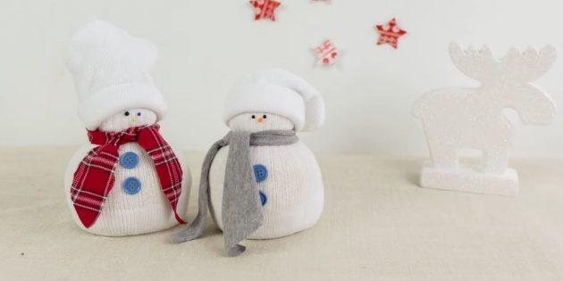 Как сделать снеговика своими руками из носка