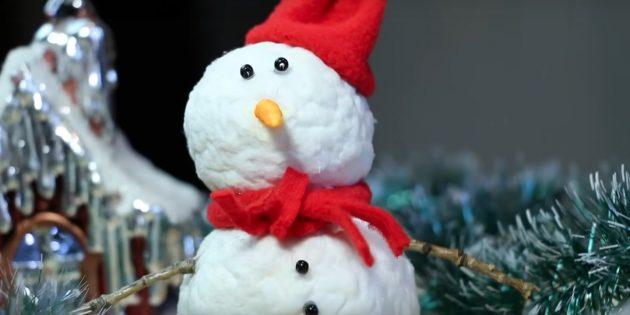 Как сделать снеговика своими руками из ваты