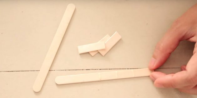 Игрушки на ёлку своими руками: сделайте отметки и смажьте клеем