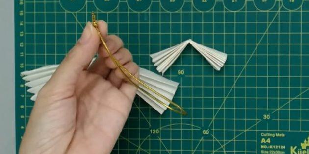 Ёлочные игрушки своими руками: сделайте петельку