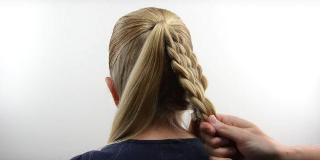 новогодние причёски для девочек: сплетите вторую косу